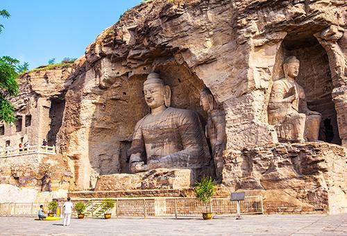 徜徉雲岡石窟佛教藝術聖地