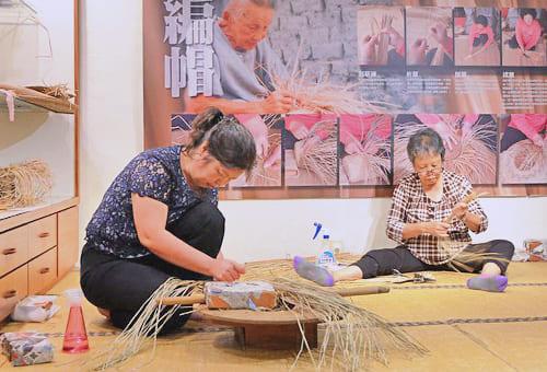 體驗藺草編織 學習失傳技藝