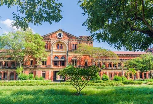 英式建築風格的緬甸秘書處大樓