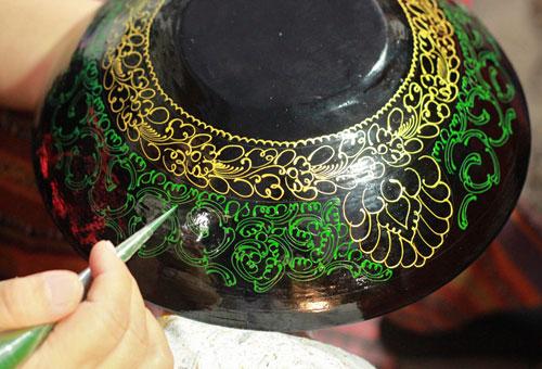 勾勒民族瑰寶的蒲甘漆器