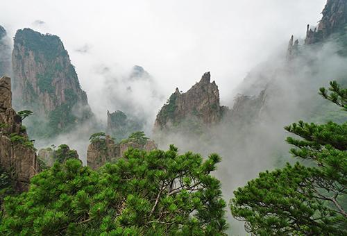 黃山縹緲奇景