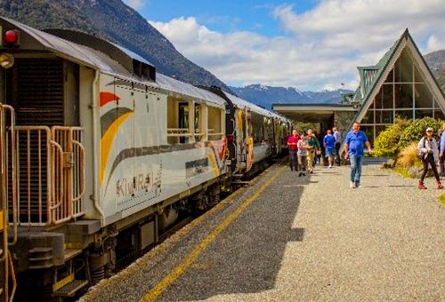 紐西蘭火車站最高點:亞瑟通道