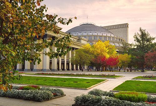 國立歌劇芭蕾舞劇院