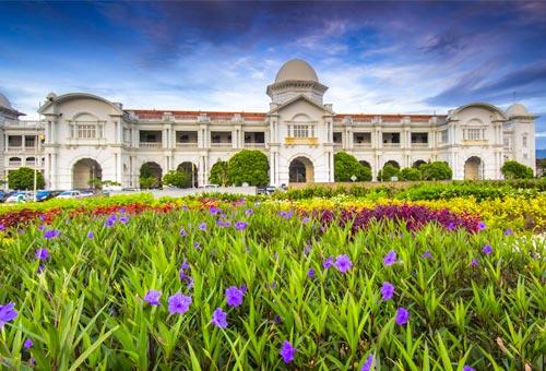 尋訪怡保 純白的殖民式建築