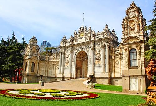 多瑪巴切皇宮 華麗的巴洛克式風格