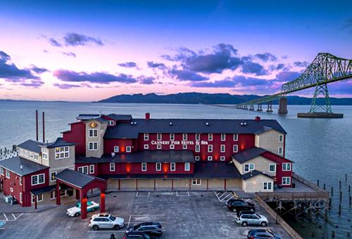 nullCannery Pier Hotel & Spa