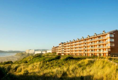nullHallmark Resort Hotel