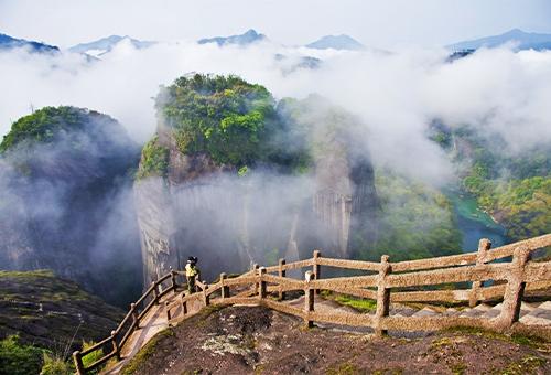 天遊峰登山步道