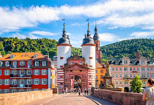 通往海德堡城鎮的老橋