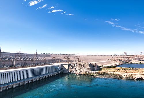 見證亞斯文大壩的宏偉壯觀