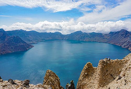 眺望聖山精華之最-壯美天池