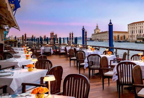 運河夜景晚餐