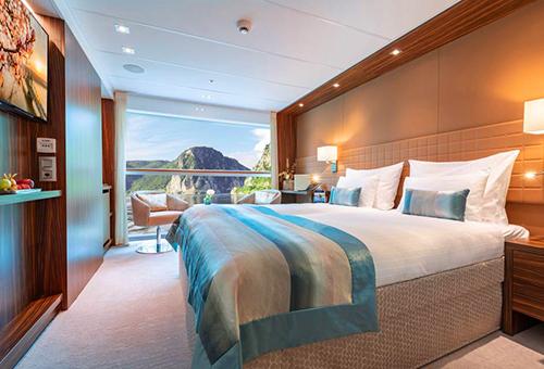 Amadeus Star Cruise