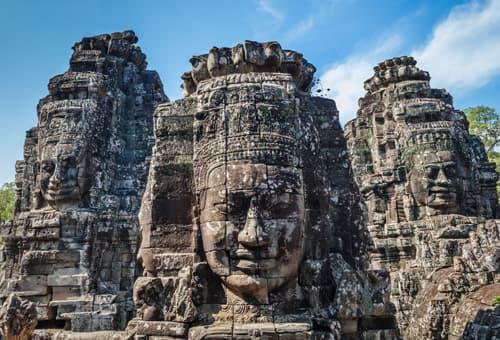 邂逅巴戎寺高棉的微笑