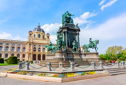 女皇Maria Theresa 雕像