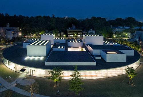 與市民對話的21世紀美術館