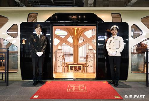 四季島列車Train Suite Shikishima