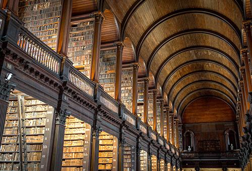 入內參觀世界十大最美圖書館