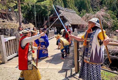 置身傳統合掌村聚落感受過往情懷