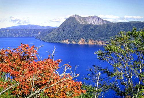 欣賞神秘之湖摩周湖的湛藍