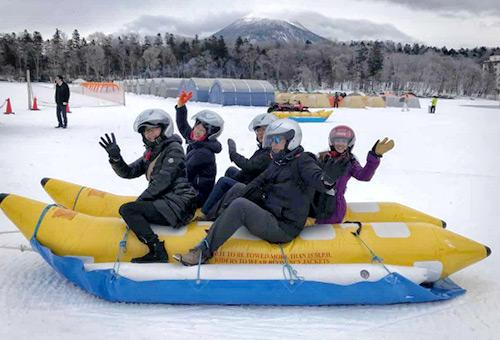阿寒湖體驗冰上香蕉船
