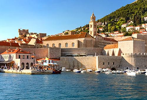 從海上回顧古城美景