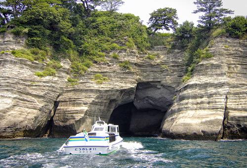 乘船探索堂島天窗洞神秘之旅