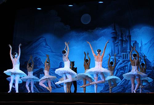 欣賞俄羅斯國粹 芭蕾舞的優雅柔美