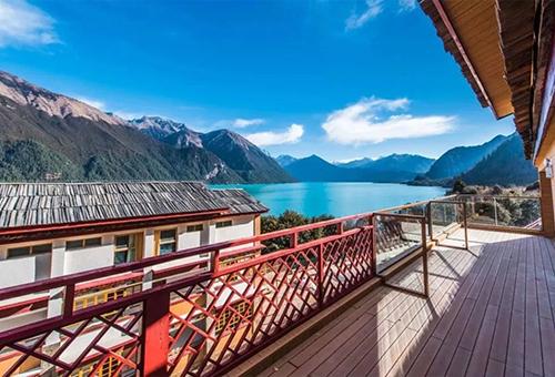 喜瑪拉雅·巴松措度假酒店Himalayas Basongcuo Resort Hotel