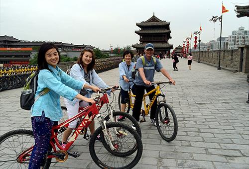 自行車遊西安古城牆