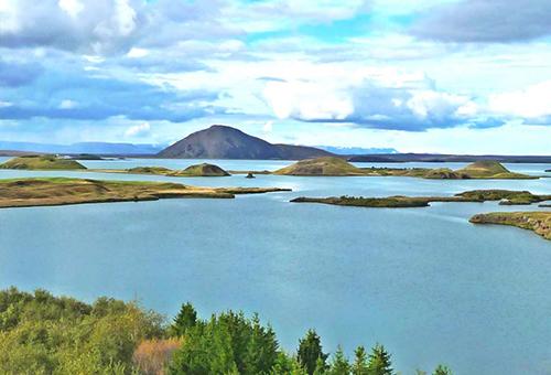 米湖-火山爆發後的產物