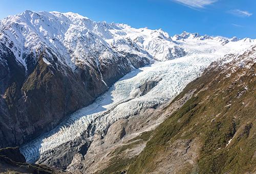 直升機俯瞰冰川全景